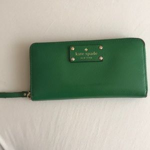 Kate Spade Zipper Wallet (Emerald Green)